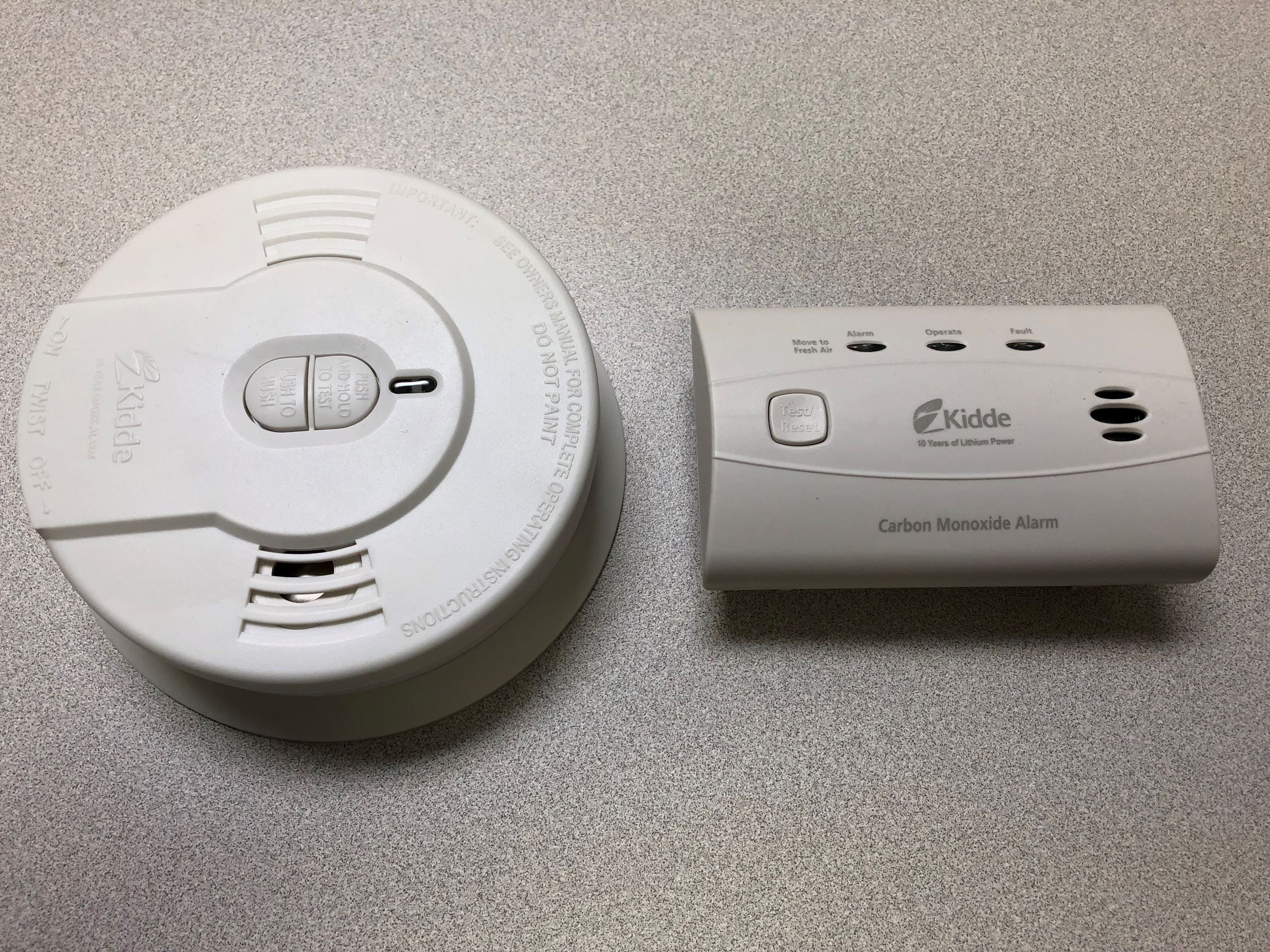 Smoke detector and carbon monoxide alarm